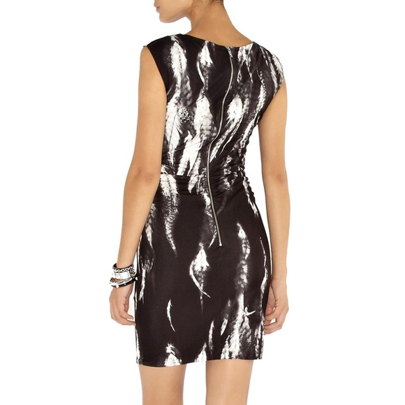 6bbc6e3048 Karen Millen Dresses & Skirts - Karen Millen Size 10 Feather Cocktail Dress